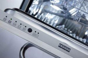 Franke Bulaşık Makinesi Eco Yanıp Sönüyor